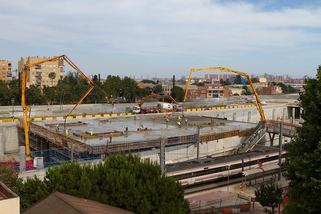 Hormigonado de la cubierta de la nueva estación de Sant Andreu - 20-06-12