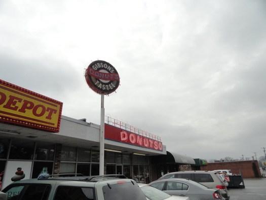 Gibson's Donuts, Memphis TN