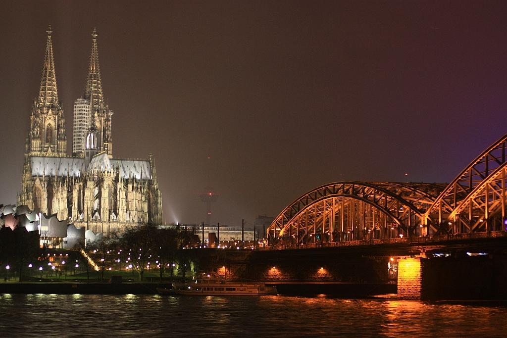 Koelner Dom, Hohenzollernbruecke, Rhein, Rhine, Cologne, Germany, fotoeins.com