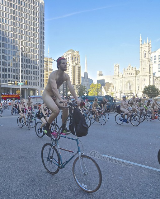 naturist 0072 Philly Naked Bike Ride, Philadelphia, PA USA