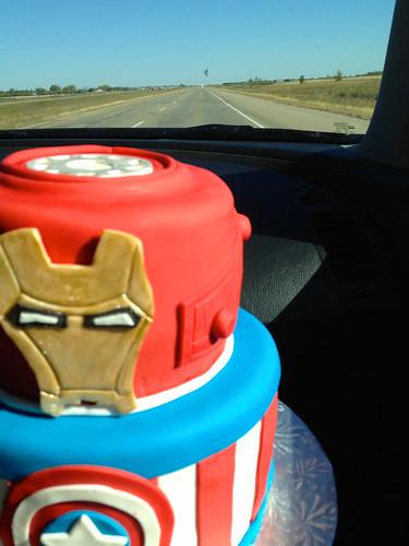Super Avengers Cake (4/6)