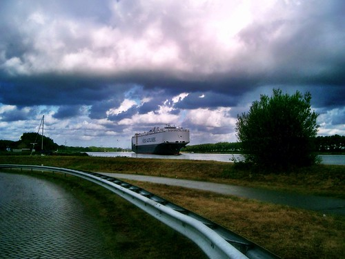 The Netherlands by SpatzMe