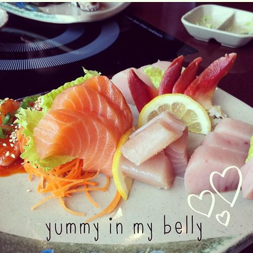 AYCE sushi at Ninkazu. #fresh #sushi #salmonsashimi #sashimi #vancouver #food #abeautifulmess