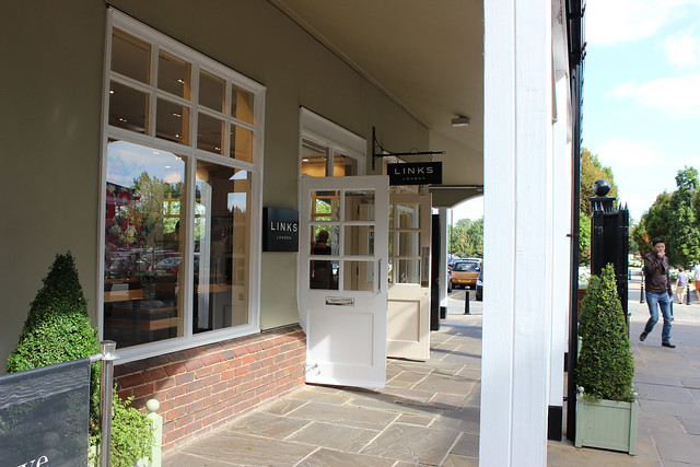 Bicester Village shops Links