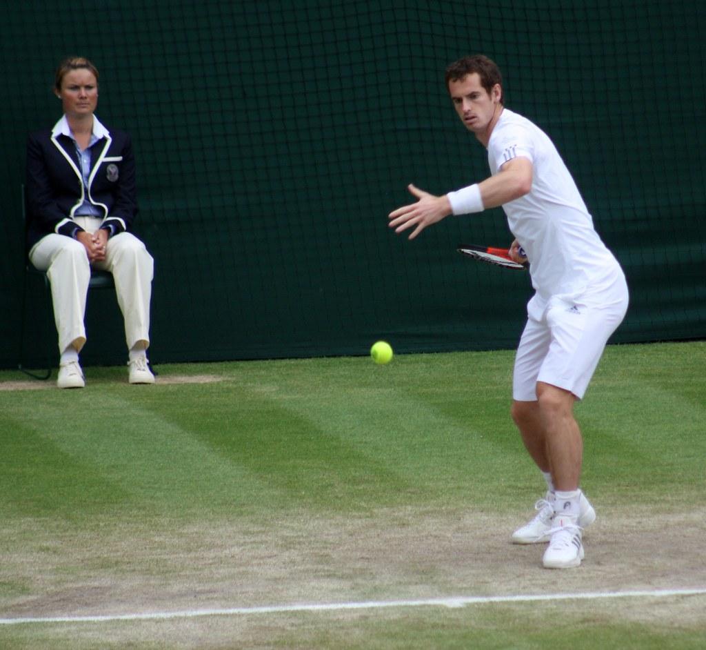 Wimbledon Andy Murray warming up