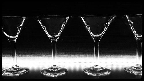 Glass profile by Arnaldo Pellini