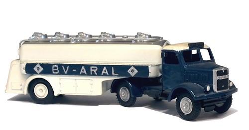 07 Märklin MAN Aral tanker