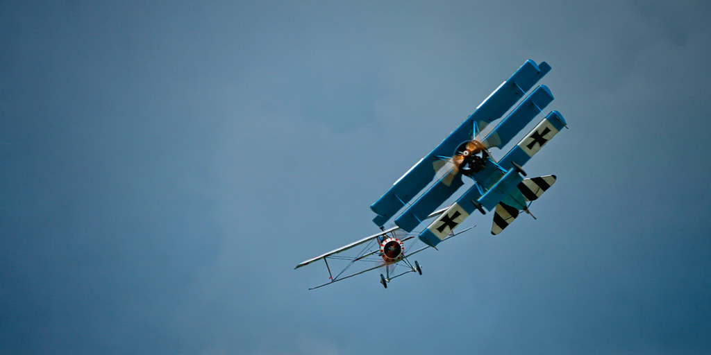 Check six! Fokker Dr.I and Nieuport