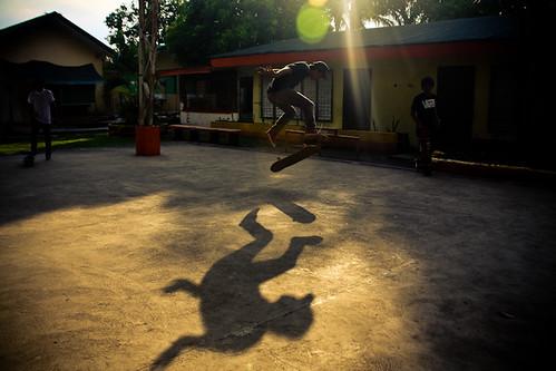 05/Skate/By Kimmy Baraoidan