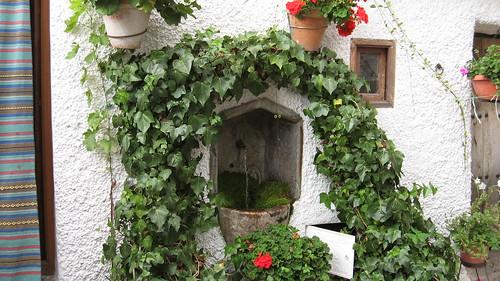 Andalousie, dans les Alpujarras, une fontaine du village de Bubión
