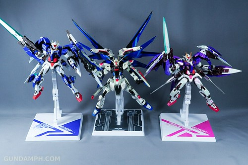 Metal Build Freedom Gundam Prism Coating Ver. Review Tamashii Nation 2012 (107)