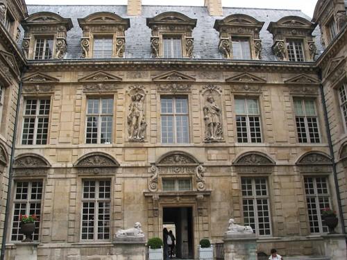 Hotel de Sully Parigi