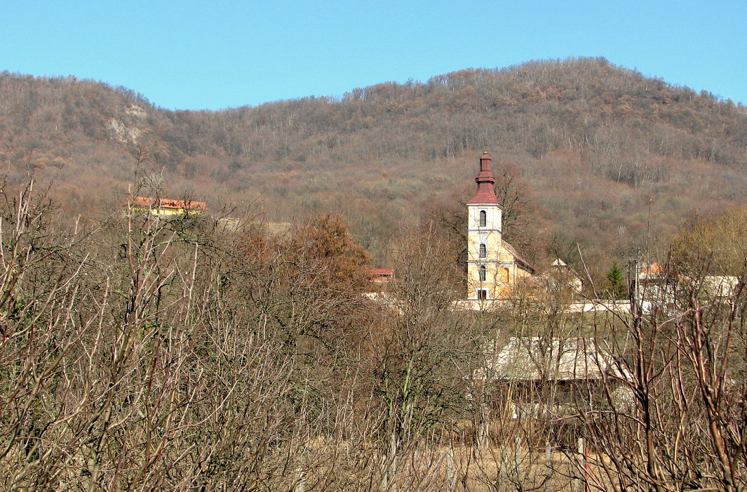 Kostol v S. Plachtinicach