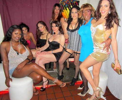 Sandy Michelle And The Ladies Of Mug Lounge 2
