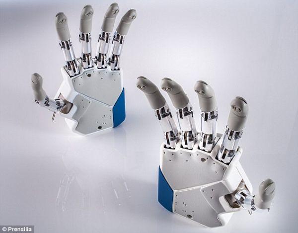 Bionic-Hand-3