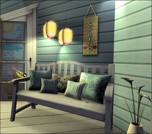 Beach Cottage Bench