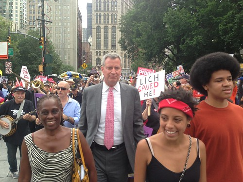 Bill de Blasio Protests the Shutdown of LICH and Interfaith