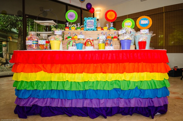 rainbow themed party sweets