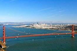 Vue du ont du Golden Gate Visite en francais de la prison d'Alcatraz lors de la visite privée de San Francisco avec www.frenchescapade.com