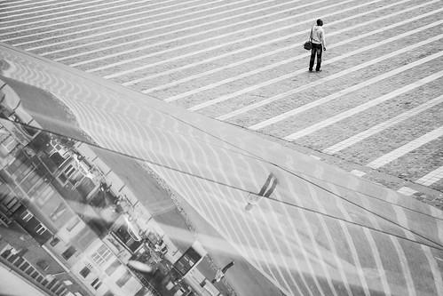 The Broken Reflection (Gare de Liège-Guillemins, Belgique) - Photo : Gilderic