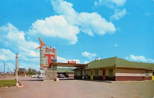 Big T Motel - Saskatoon, Saskatchewan, Canada - 1960s