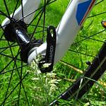 Cube 240 boys mtb wheel hub