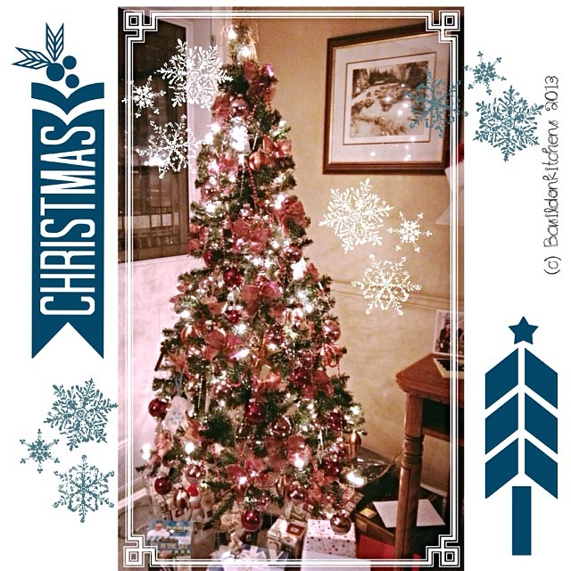 Dec 17 - tree #fmsphotoaday #tree #christmas #winter #holidays #rhonnadesigns #festive