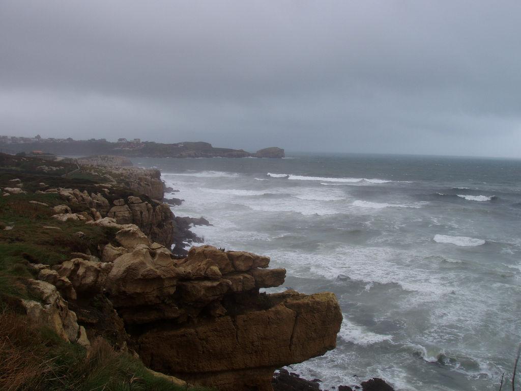 8. Mar embravecido. Autor, Yoyin