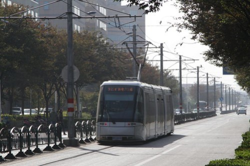 The 'tram' trundles down the road south from Zhangjiang Hi-Tech Park