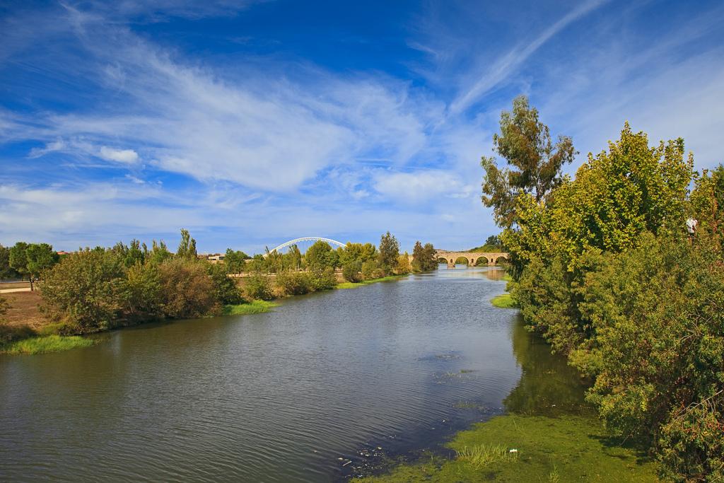 Río Guadiana a su paso por Mérida. Autor, Tomás Fano