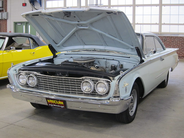 1960 Ford Starliner a