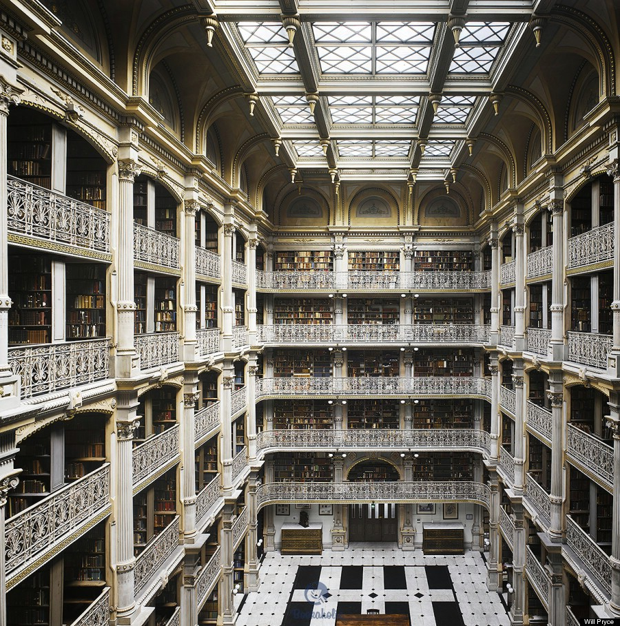 The Peabody Library, Baltimore (U.S.)
