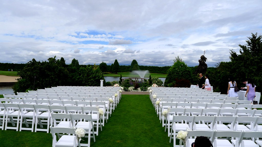 MAYFAIR GOLF WEDDING
