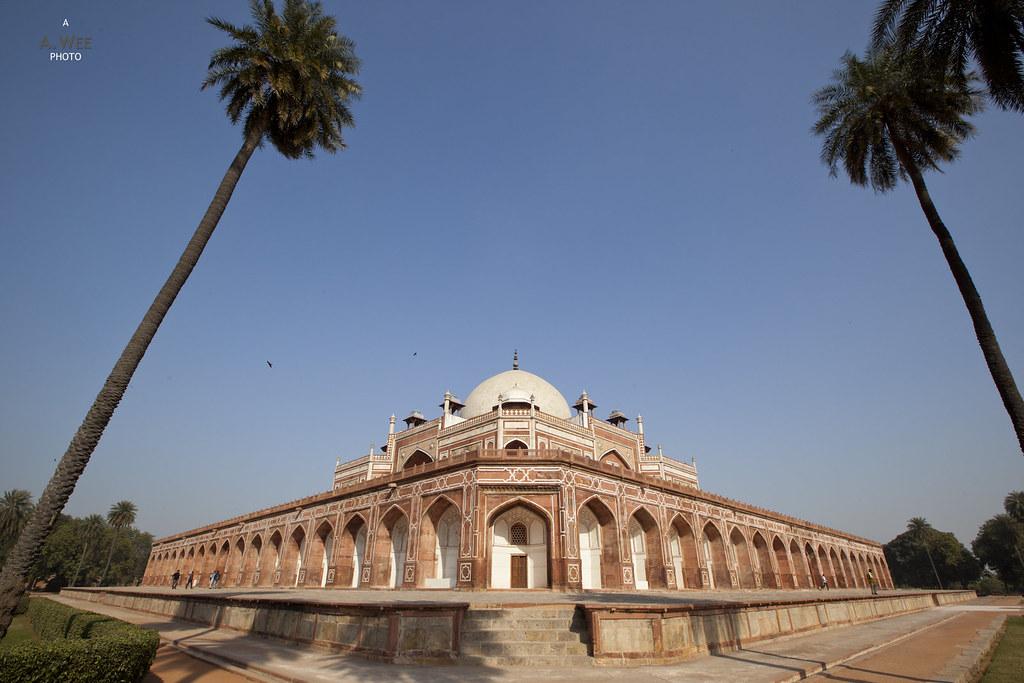 Symmetry of Humayun's Tomb