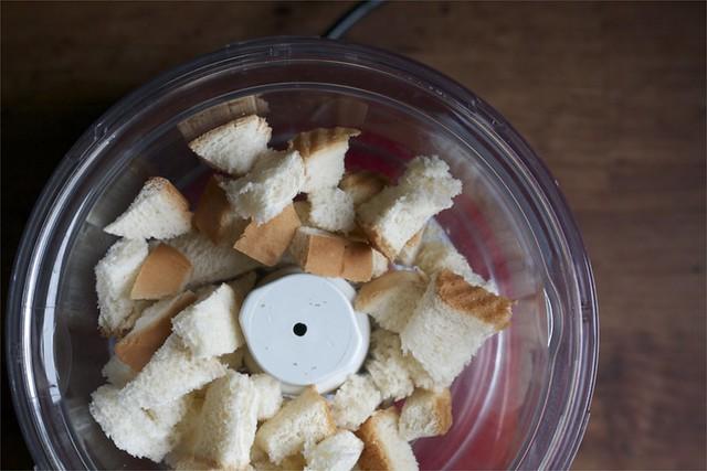 breadcrumbs1