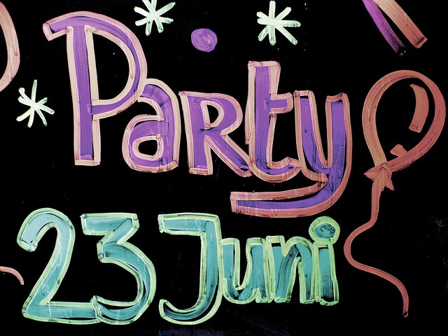 Partytime.