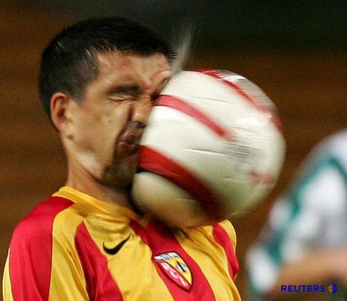 soccerball-accident