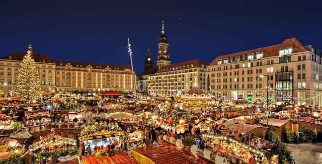 """Christmas fair """"Striezelmarkt"""" in Dresden"""