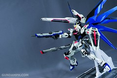 Metal Build Freedom Gundam Prism Coating Ver. Review Tamashii Nation 2012 (95)