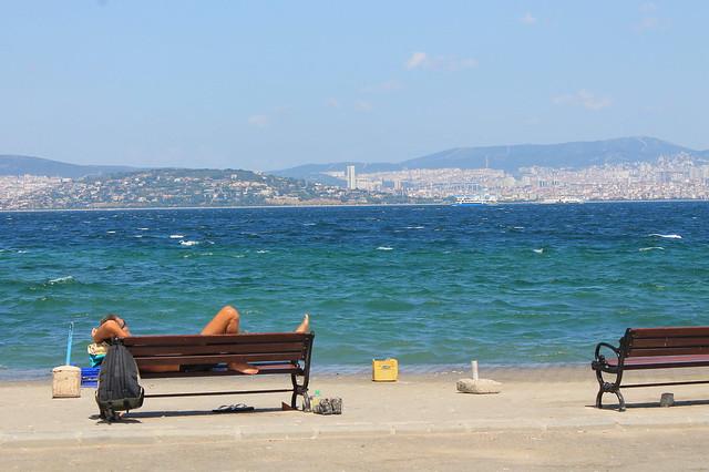 Adalar beach