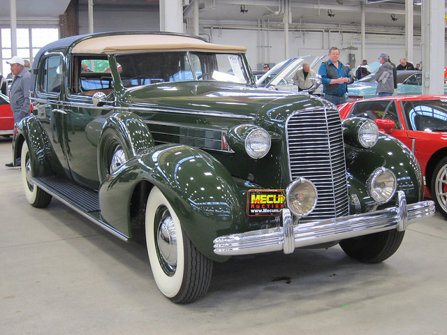 1936 Cadillac Fleetwood Series 85 Limousine c