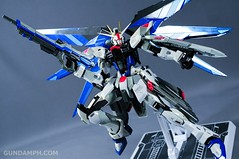 Metal Build Freedom Gundam Prism Coating Ver. Review Tamashii Nation 2012 (50)