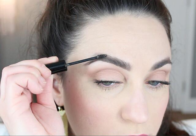 closeup-brow