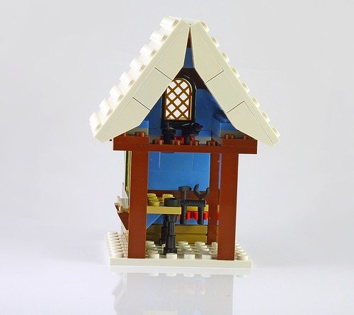 LEGO 10229 Winter Village Cottage a11