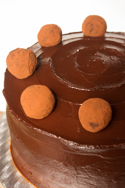 Sticky Pinny Salted Caramel Chocolate Cake 2
