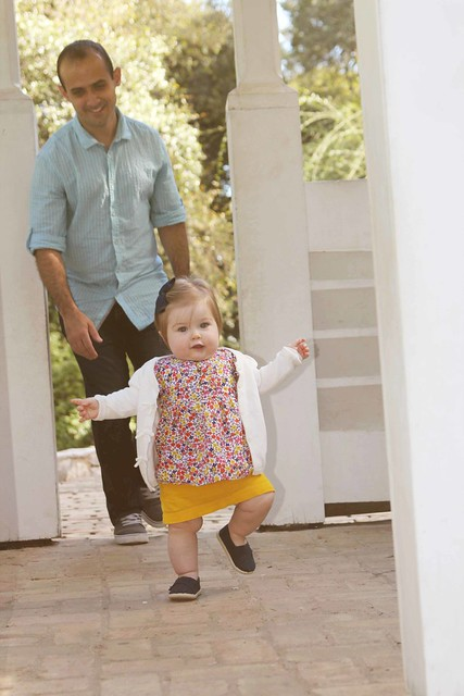 Harper at the botanical gardens