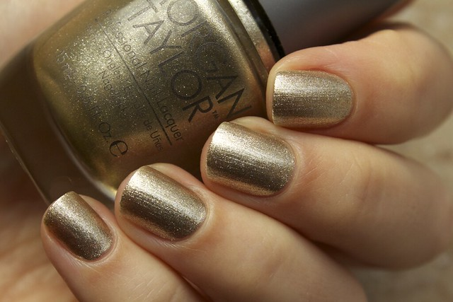 02 Morgan Taylor Give Me Gold swatches in shadow