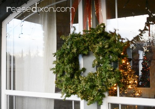 Outdoor Wreath Craft Project