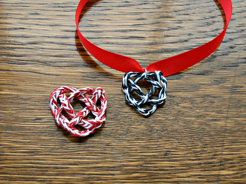 DIY Paper Yarn Heart Knot Necklace
