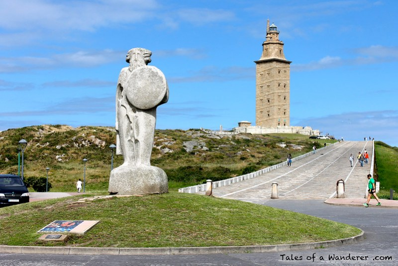 A CORUÑA - Estatua de Breogán / Torre de Hércules